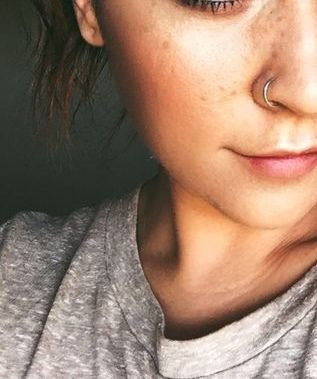 I want a nose piercing with all of my heart!*