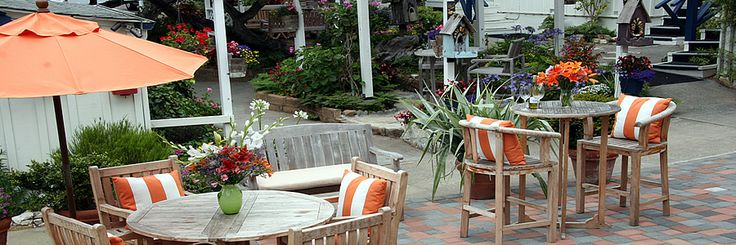 Carmel Bed and Breakfast Inn | Carmel Hotel Lodging | Lamp Lighter Inn Carmel-by-the-Sea CA. Dog-friendly