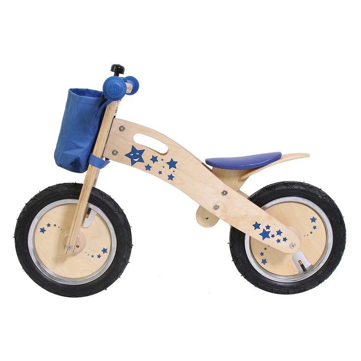 De Acrobat Wooden Training Bike Blue is een houten loopfiets met een sterren design speciaal voor kleine kinderen. Deze loopfietsen worden geleverd met een zak voorop, een bel en een handvat in het frame om het fietsje makkelijk te verplaatsen. Het zitje is 2 cm lager gezet dan de standaard hoogte zodat ook een kleine 3-jarige op de fiets past. De banden zijn voorzien van een schuin Amerikaans ventiel zodat deze makkelijk zijn op te pompen. Maximaal draaggewicht 30 kilo. Afmeting: 82 x 36 x…