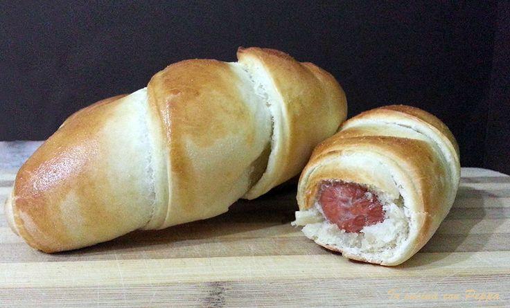 Questi hot dog fatti con il bimby tm31(si possono preparare anche a mano o con una planetaria), sono semplici, gustosi e soffici,piacciono molto ai piccoli.