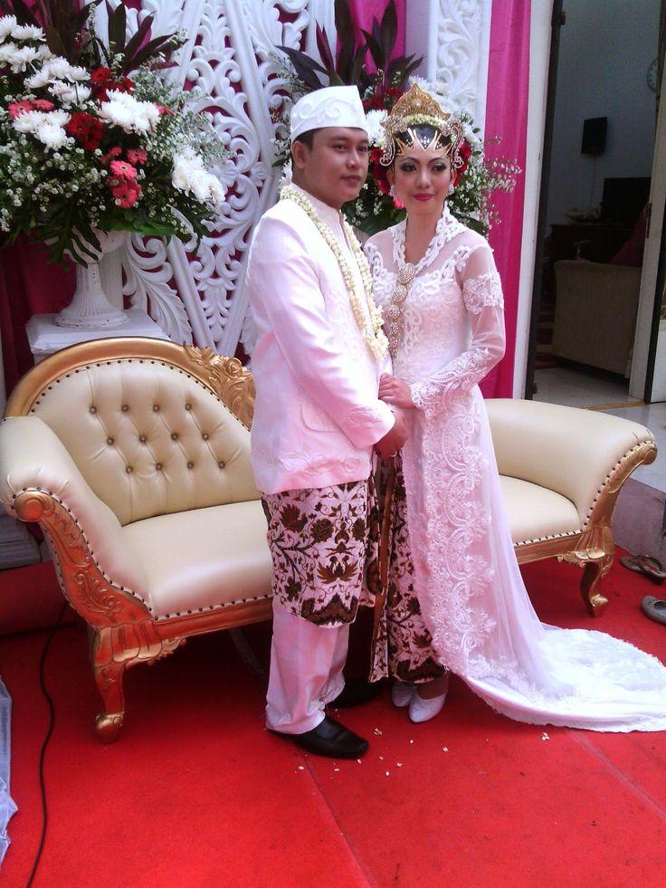 Pernikahan di Rumah Type B. Pernikahan, Catering, Dewi