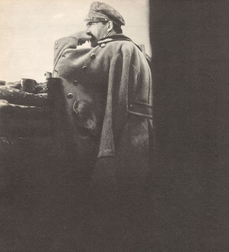 WWI; Jozef Pilsudski in a trench in the Redoubt Pilsudski during the Battle of Kostiuchnówki, July 1916. The photo inspired the Polish artist Leopold Gottlieb to draw his famous picture of Pilsudski.