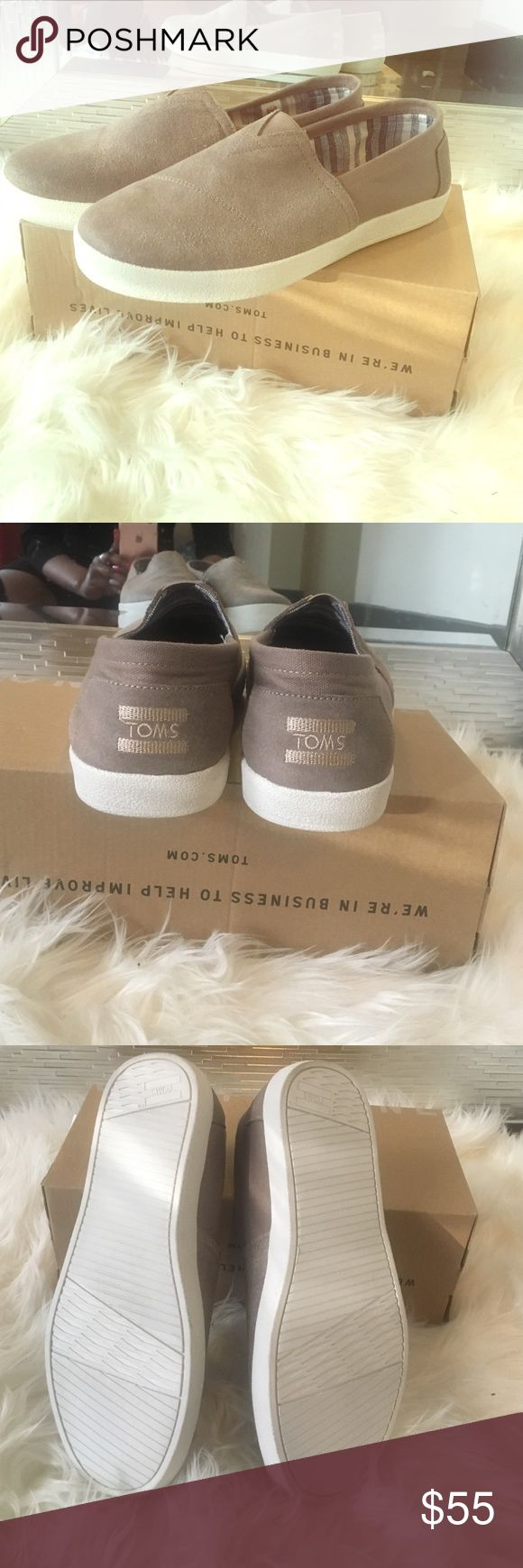 Men's Tom's Avalon Desert taup men's toms, size 8.5 , brand new never worn TOMS Shoes Loafers & Slip-Ons