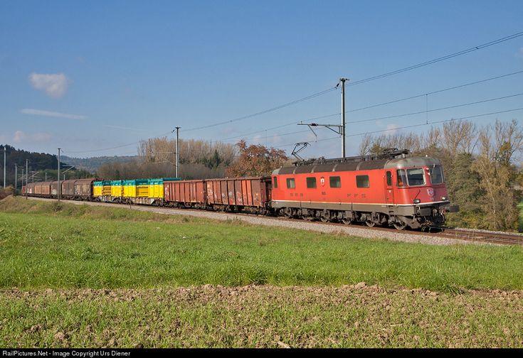 RailPictures.Net Photo: 11635 SBB CARGO Re 6/6 at Lottstetten, Germany by Urs Diener