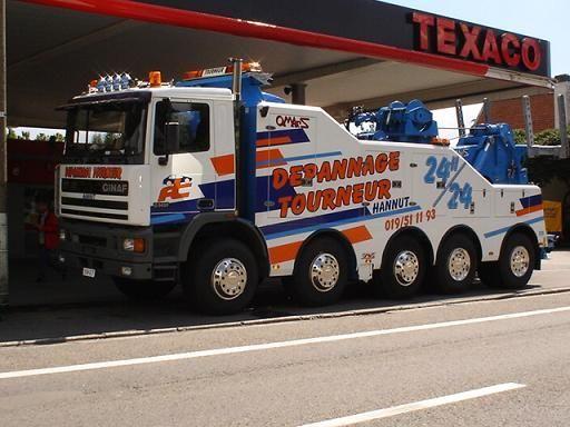 GINAF tow wrecker truck