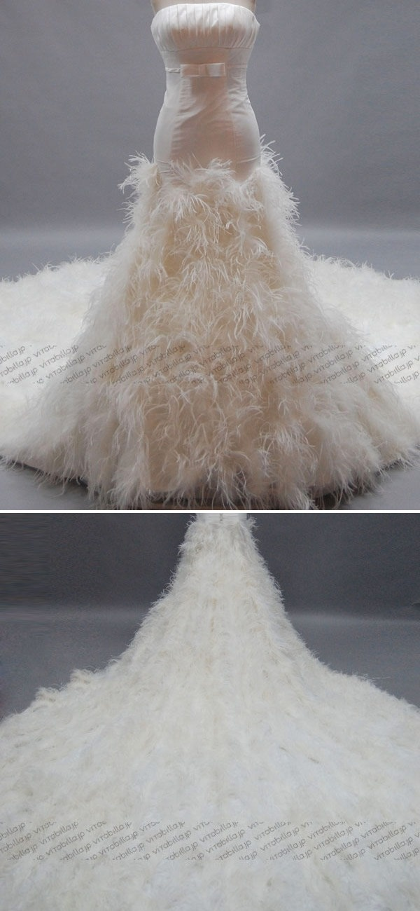 17 best ideas about feather wedding dresses on pinterest for Wedding dress with feathers on bottom
