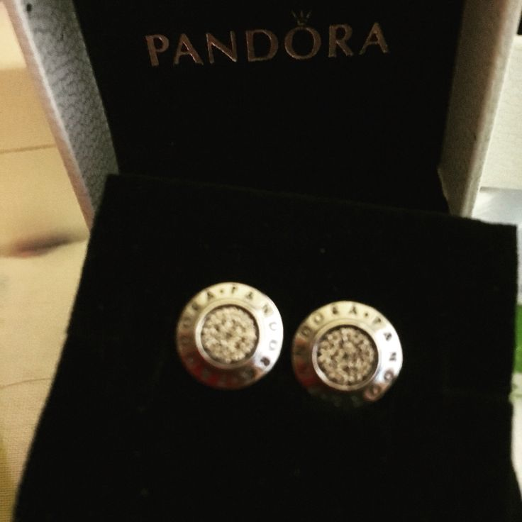 Pandora earrings  #mypandora #pandoraiow