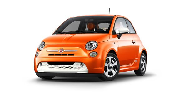The 100% battery operated 2013 FIAT #500e yields zero tailpipe emissions without compromising #style