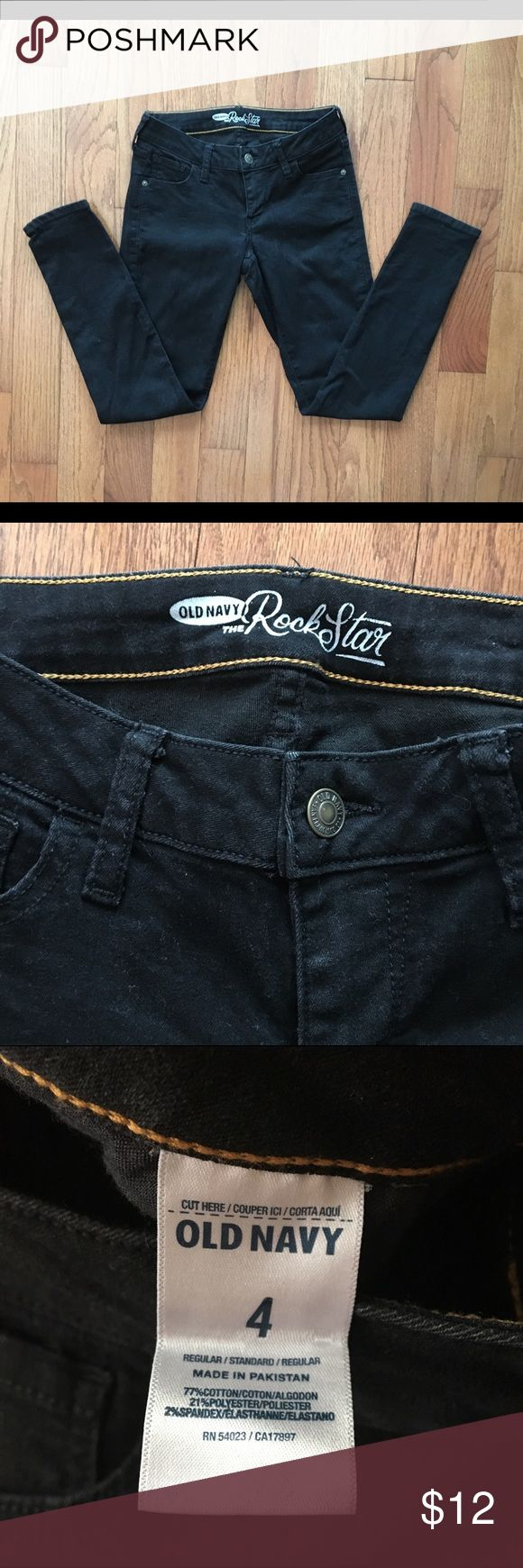 Old Navy Rockstar jeans BLACK Sz 4 Old Navy black in color rockstar jeans. Size 4. You can dress these up, or dress them down. Wear them with flip-flops, heels, sandals or boots. Old Navy Jeans Overalls