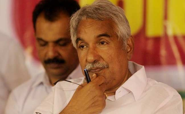 Choppers To Airlift Seriously Injured In Kerala Temple Fire, Says Oommen Chandy