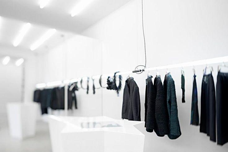 A Showroom opened in Brno by alesbary – CZE | DESIGNEAST.EU