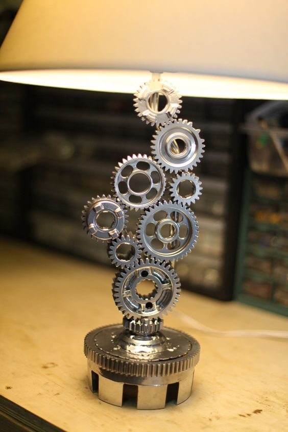 25+ Extraterrestrial SteamPunk Lamp Designs (Industrial Style)