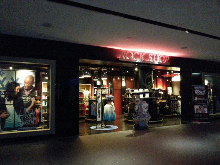 Rock shop with beautiful souvenirs
