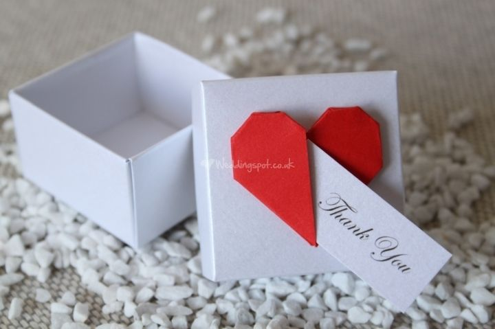 Origami heart favour box!