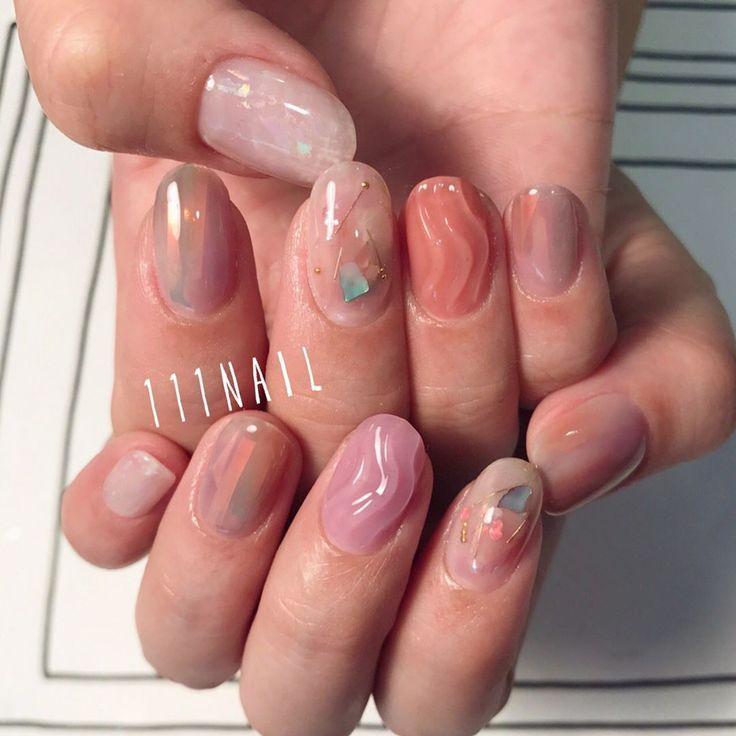 ▫️◽️⬜️◻️⚪️ #nail#art#nailart#ネイル#ネイルアート #nudie#pink#orange#lavender#aurora#透け感#抜け感#うねうね#ショートネイル#nailsalon#ネイルサロン#表参道#nudie111 (111nail)