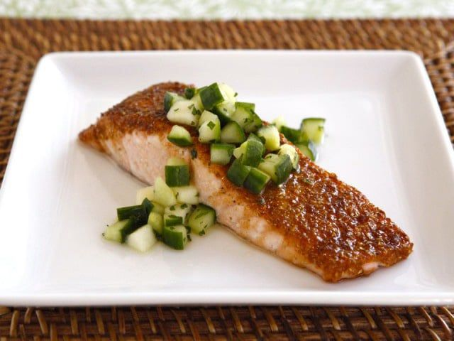 Spice Broiled Salmon with Green Apple Salad - Recipe for broiled salmon with a sweet, golden spice crust topped with a crisp salad made with apples, cucumber and honey. Rosh Hashanah recipe. via @toriavey