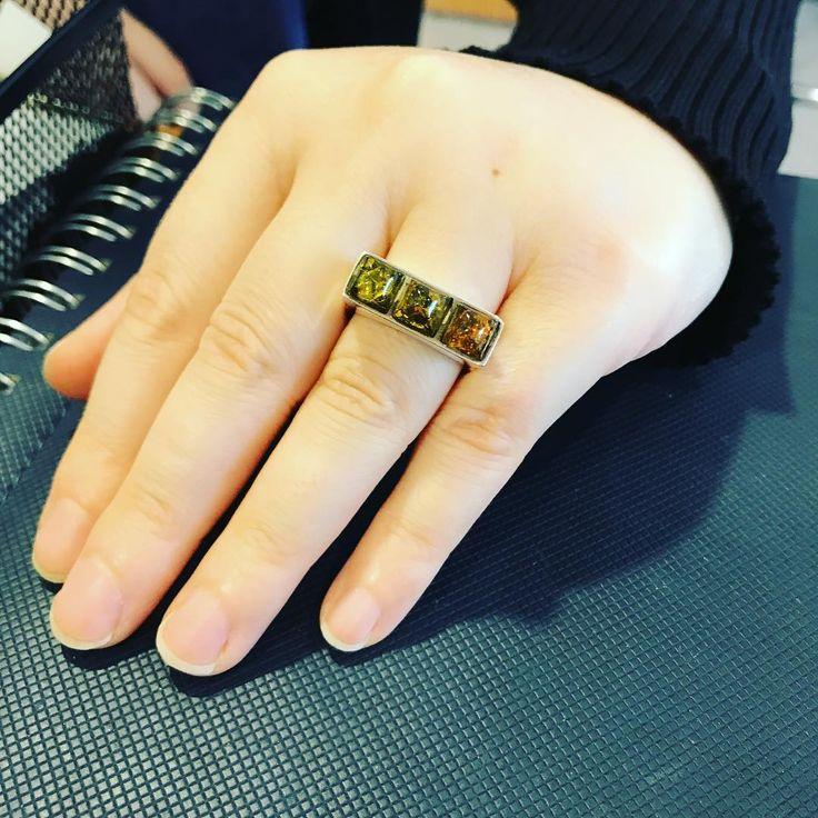 Aşk-ı Kehribar Serisi, bayan modellerimiz... Natural kehribar, 925 ayar gümüş bayan yüzüğü.  #kehribar #amber #damlakehribar #taş #özel #tasarım #gümüş #bayan #yüzük #doğaltaş #şifalıtaş #doğumgünü #yıldönümü #hediye  #elişi #sevgili #armağan #kombin #takı #925 #ring #mücevher #jewelry #minerals #reiki #burçtaşı #sevgililergünü #crystals #gem #gemstone http://turkrazzi.com/ipost/1523931546758595464/?code=BUmF6rqjsOI