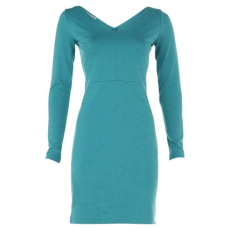 Jurk Ballet V van Vanilia is stretchy en gemaakt van een blauwgroene kwalitatieve stof. Brede v hals aan voor- en achterzijde. | Dresses Only