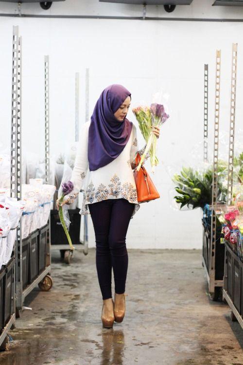 street-hijab-fashion:  Vivy Yusof Online shop: Fashion Valet
