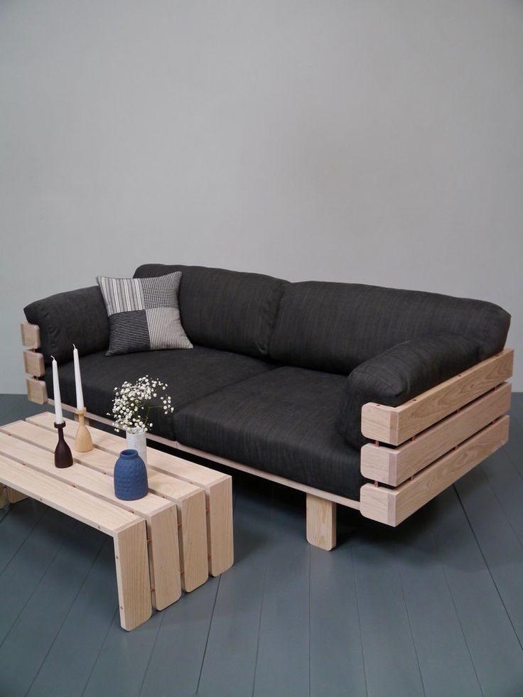 Cute couch and matching coffee table – #Coffee #Co…