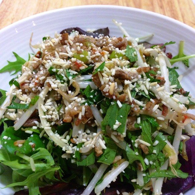 Larb is a minced meat salad popular in Thailand, and is widely regarded as the national dish of its neighbouring country, Laos. Most commonly made with pork, chicken or beef. Seasoned with lime, ch...
