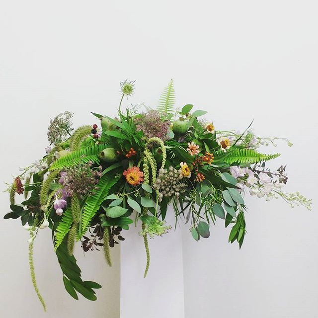 A wild & woodland-esque piece for a funeral. Featuring some of @antoniovalenteflowers lovely Ontario grown blooms, including amaranthus, purple Ami, zinnias & blackberries.