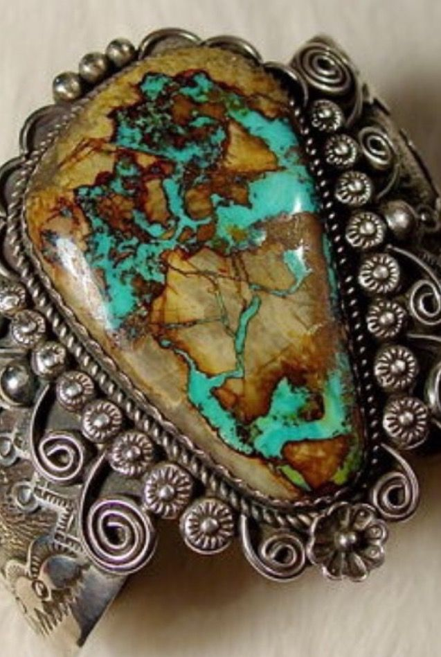 ❤️Native / Boho /symbolic Earth World travel and Experience within the Universe
