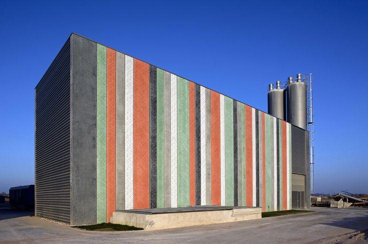 Pattern: Atom Cross. H.A.N.S. Industrial Building, Čeperka, Czech Republic 2010. Architecture by Ing. arch. Jan Jarolimek.