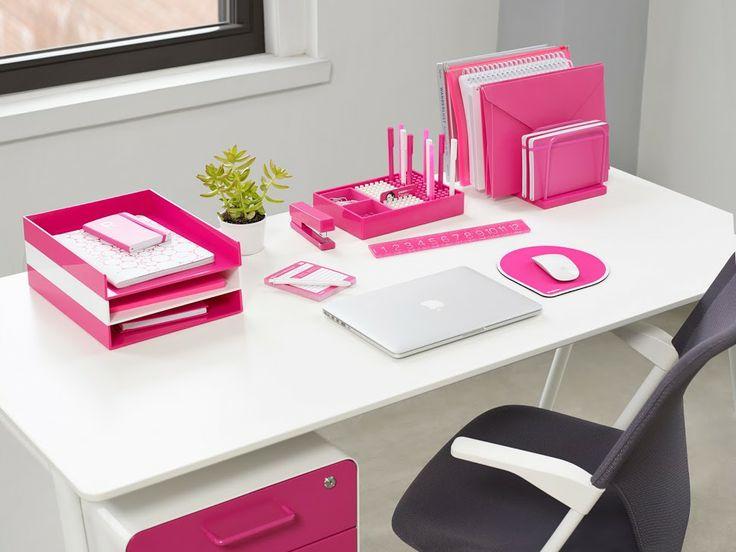 Cantinho de estudos super rosa!