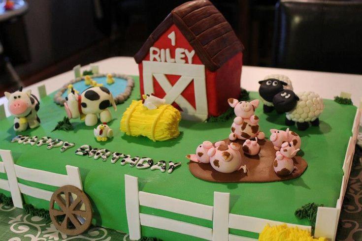 Farm / Barn Yard Birthday Cake