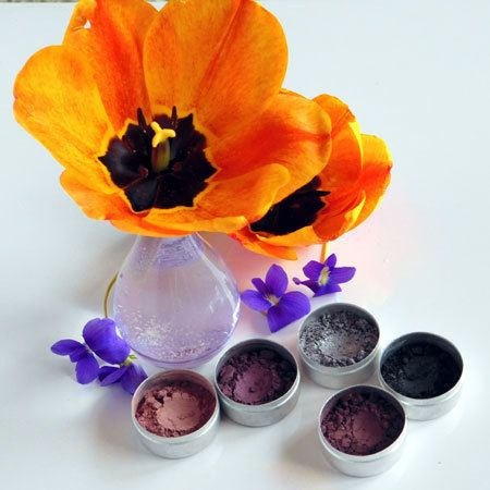 *NEW* Clay Mineral Eye Shadow 5- SILVER AND SMOKE *special price - Zephyr Creative