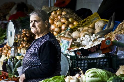 Market vendor, Bolhão, Porto