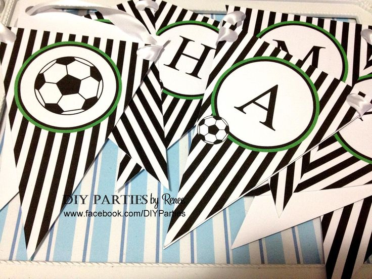 Table bunting - Soccer.  Find us on Facebook: www.facebook.com/diyparties