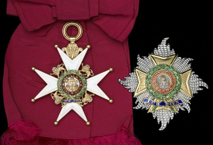 Order of the Bath, G.C.B. (Military) Knight Grand Cross set of insignia, sash badge and breast star, Garrard & Co.