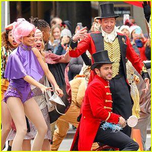 Hugh Jackman, Zac Efron, & Zendaya Bring 'The Greatest Showman' to the Streets of NYC!