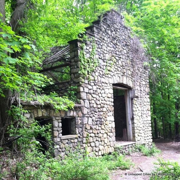 Abandoned NY: The Ruins of Northgate, the Cornish Estate in the Hudson Valley... Tucked away in the woods of Cold Spring, NY stands a hauntingly beautiful collection of ruins called Northgate (or the Cornish Estate).
