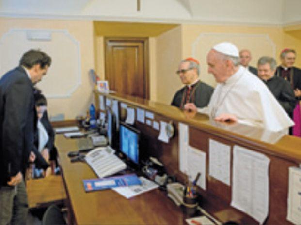 ¿Pagó Dios? | El Papa Francisco pagó el hotel y quiere dar el ejemplo.