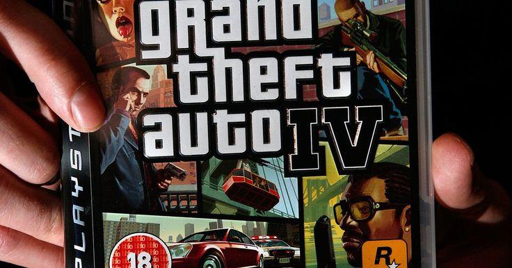 """Trucos para obtener el Patriot en GTA 4. """"Grand Theft Auto: IV"""" (GTA: IV) lleva a los jugadores a una aventura de violencia y malicia al robar coches y matar pandilleros. Robar coches es parte fundamental del juego. Uno de los modelos es el Patriot, que es deseado por su particular dureza y durabilidad."""