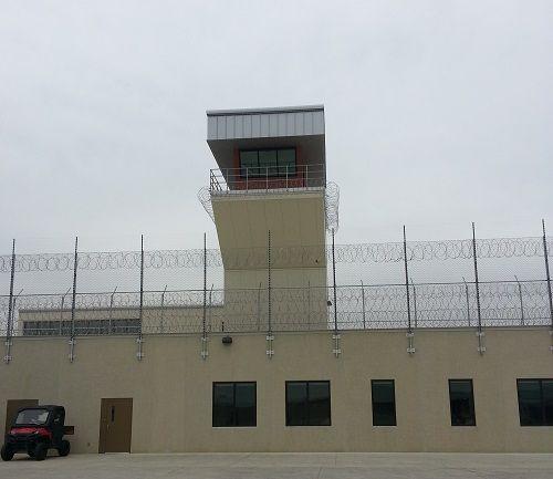 Prison-Guard_Tower_1-500.jpg (500×433)