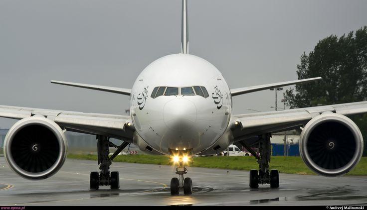 Boeing 777-340/ER Pakistan International Airlines - PIA