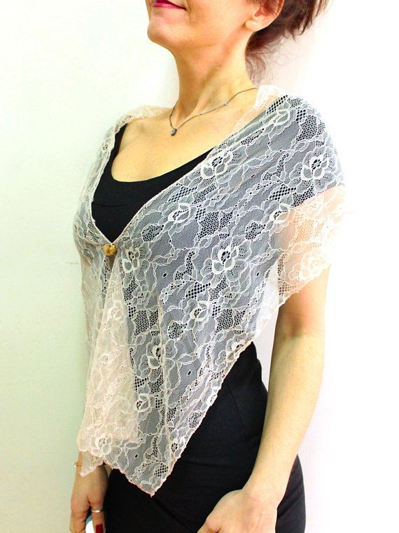 Bridesmaids shawls set of 5, powder pink bridesmaid shawl set, lace capelet set wedding shoulder wrap, bridesmaid wraps and shawls bolero  Ill send express shipping this shawl set to you..  This powder pink shawl is excellent to wear over the bridesmaid dresses and for bridal parties as