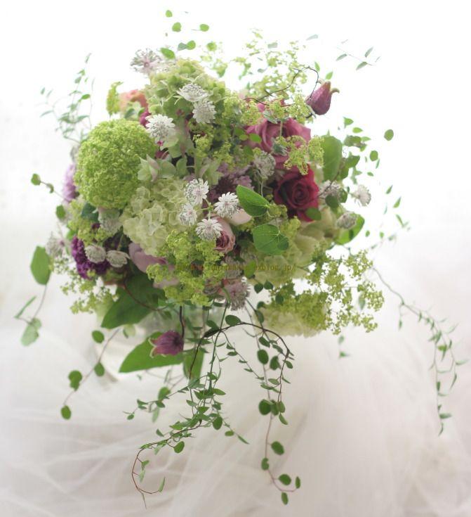 ナチュラルクラッチブーケ一会風 森の蝶 軽井沢へ : 一会 ウエディングの花