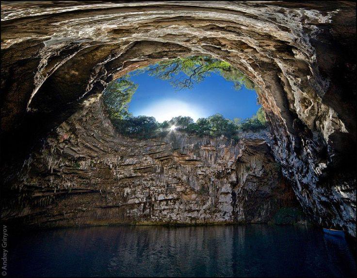 Cueva Melissani, Kefalonia, Grecia