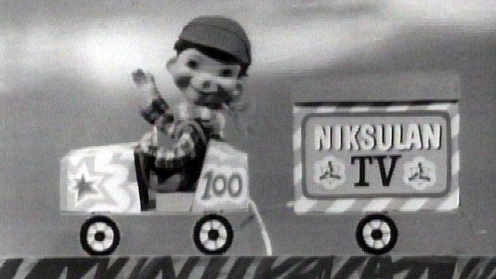 Niksulan TV (nimi oli aiemmin Raninien tv-perhe) oli ensimmäinen lastenohjelma | Elävä arkisto |YLE