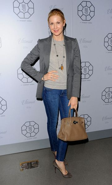 Kelly Rutherford Actress Kelly Rutherford attends launch event for the Y&J Multiplicity by Robert Verdi Jewelry Collection presented by Yasm...