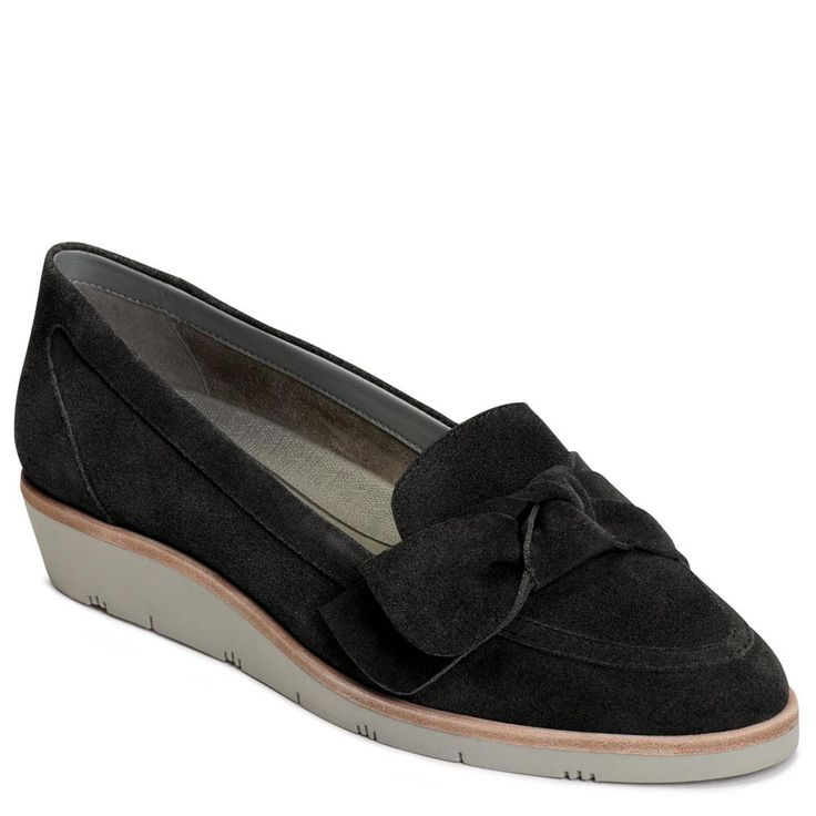 This wedge-heel loafer provides professional appeal while a bow detail  beautifies its look. From Aerosoles.