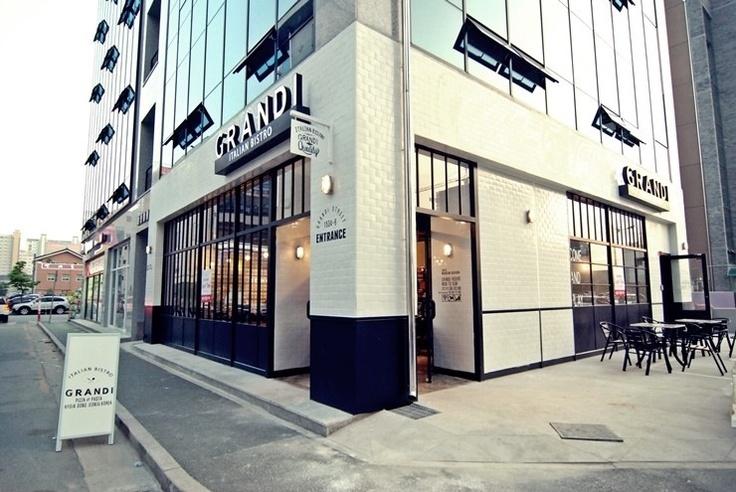 "2012 mercim design italian bistro ""grandi"" korea cafe interior design"