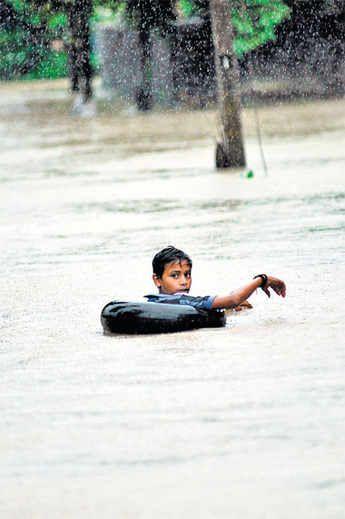http://i4.dainikbhaskar.com/thumbnail/600x519/web2images/www.divyabhaskar.co.in/2013/09/25/0954_bha_rain15.jpg