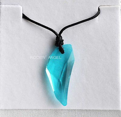 Swarovski Elements Turquoise Crystal Wolf Tooth Pendant Necklace Men Women Gift