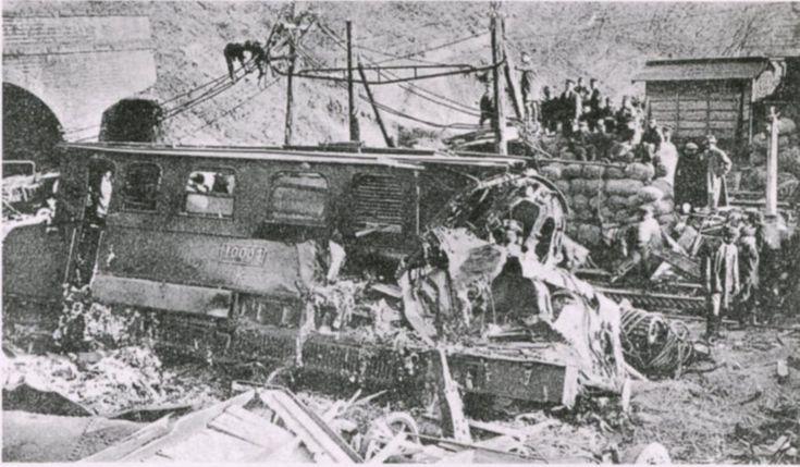 EC40 Usui touge accident - 日本の鉄道事故 (1949年以前) - Wikipedia